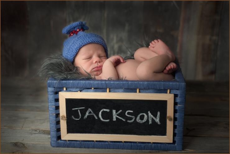 best newborn photographer in georgia beverly hall